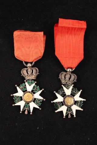 France Ordre de la Légion d honneur. Lot de 2 étoiles de Chevalier,