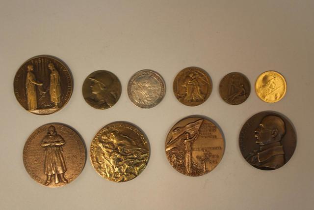 1ère guerre mondiale Lot de 10 (env.) médailles de table, cuivre,