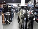 LOT 2 : VENDU SUR DESIGNATION (KEN'Z (94375-2) :  Stock de vêtements,