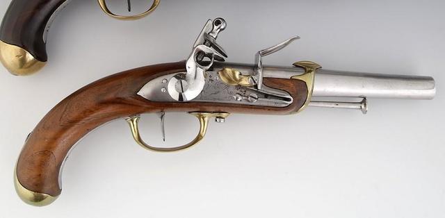 PISTOLET D'OFFICIER DE MARINE Modèle 1779 2e type Canon rond daté